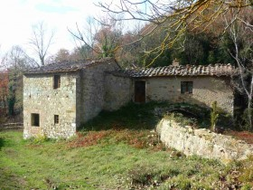 Old mill with agricultural land for sale in Tuscany, Monte Amiata in Seggiano [840]