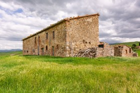 Tuscany farmhouse [924]