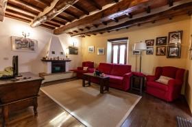 Tuscany house [81]