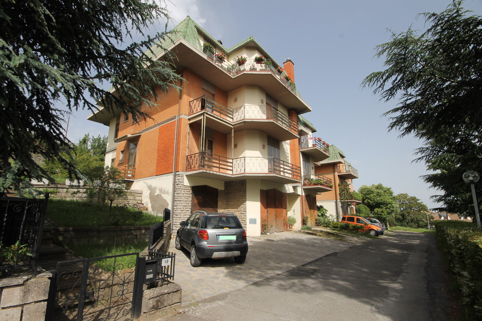 Castel del piano appartamento in vendita immobiliare 3 emme for Progettista del piano terra del garage
