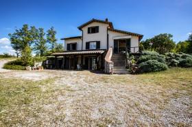 Toscana, Santa Fiora, casale in vendita [719]