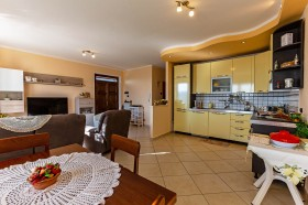 Toscana, Santa Fiora, appartamenti in vendita [753]