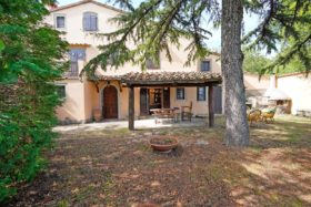 Casa con giardino in vendita a Santa Fiora [766]