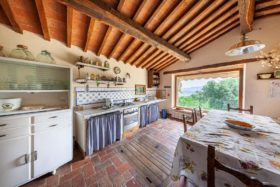 Toscana, casale in pietra in vendita [923]